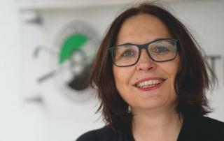 Claudia Gmel, Buchhaltung